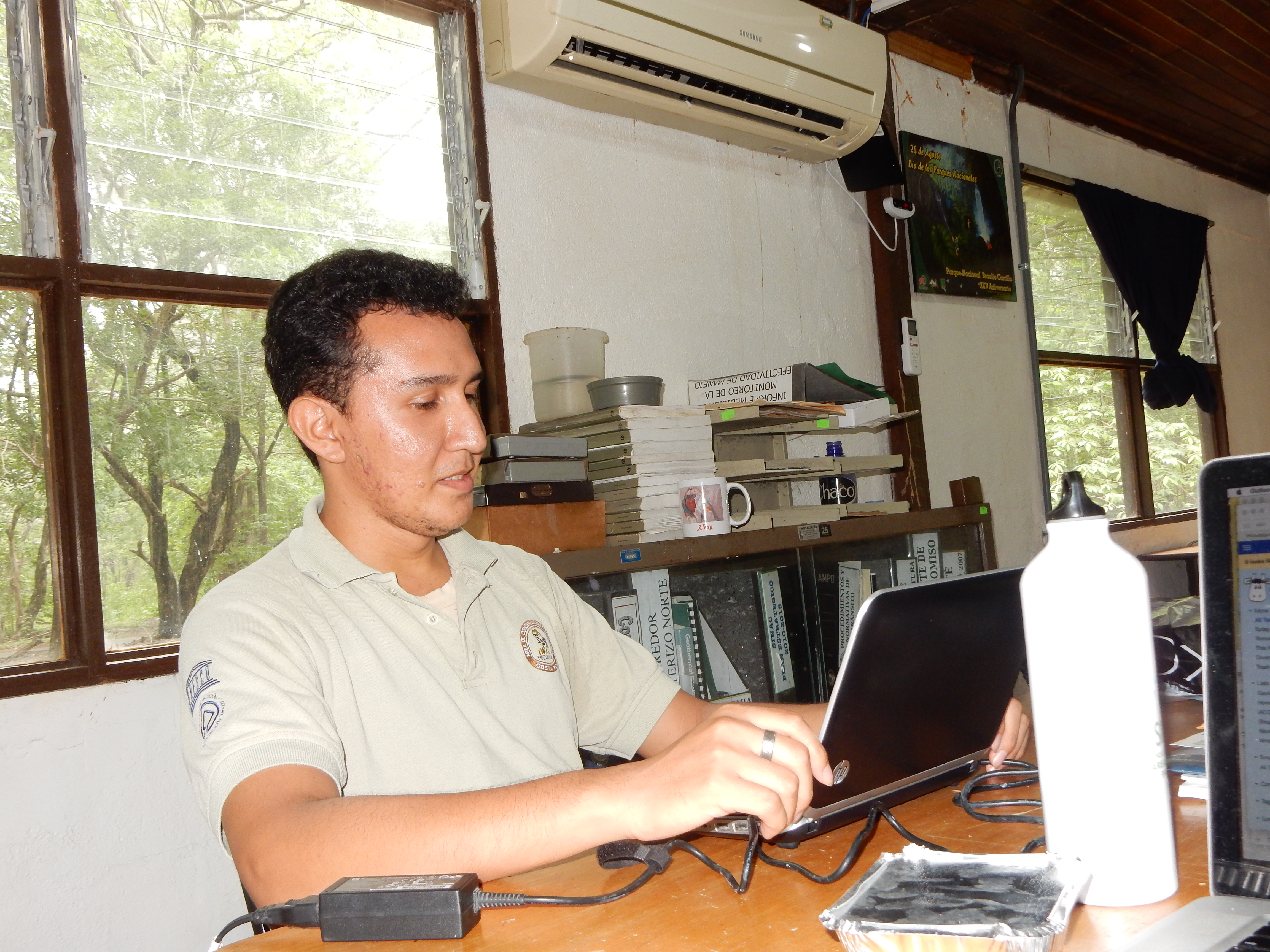 Felipe Pizarro - archivista en la formación